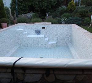 Poolsanierung von pro pool dreieich schwimmb der for Poolsanierung mit folie