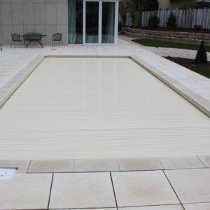 Neubau pool und sichtbecken in sandfarbener folie in for Pool mit folie auskleiden