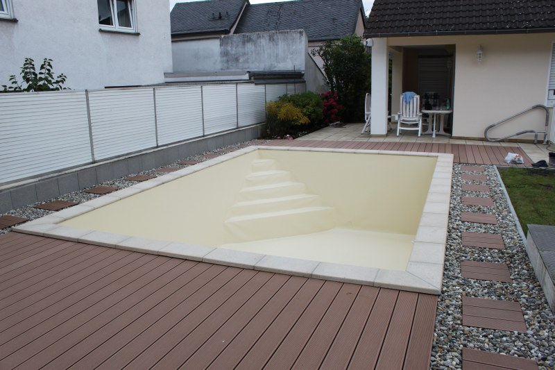 Renovierung betonbecken in raunheim pro pool dreieich for Pool reparaturset folie