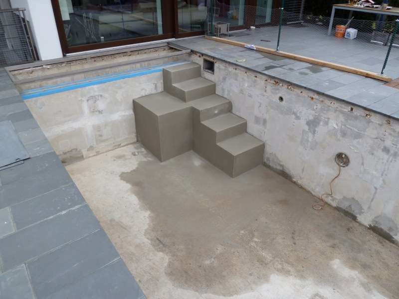 renovierung betonbecken mit hellgrauer folie  dreieich