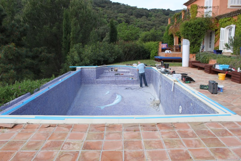 Renovierung fliesenbecken in st tropez pro pool dreieich for Poolsanierung mit folie